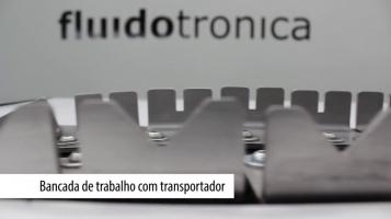 Bancada de trabalho com transportador [FLUIDOTRONICA]