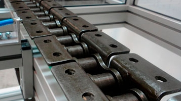 Chain conveyor [FLUIDOTRONICA]
