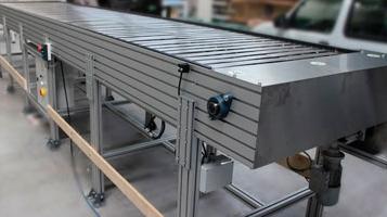 Slide conveyor [FLUIDOTRONICA]
