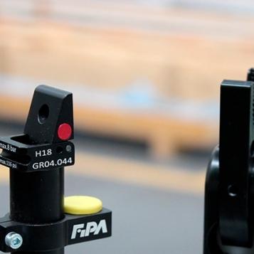 FIPA 95º Finger Clamp