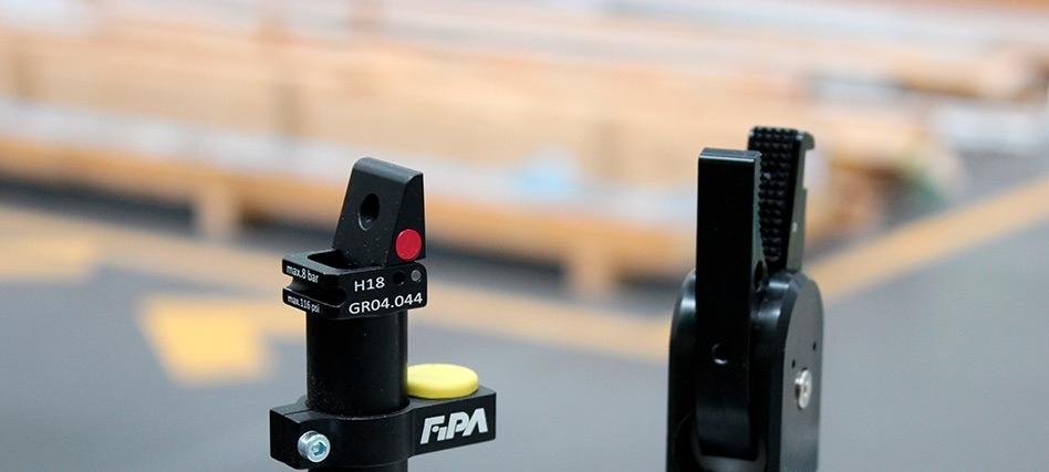 FIPA: 95º finger clamp